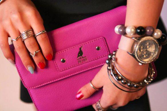 BEVEE 24/7 Continental Zip Wallet-on-chain